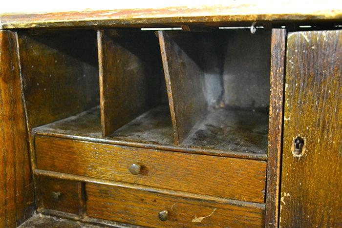 English-Georgian-oak-bureau-10